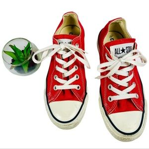🌼Converse red All Star chucks